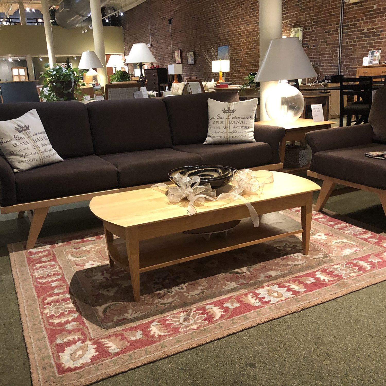 Chelsea Coffee Table 254659