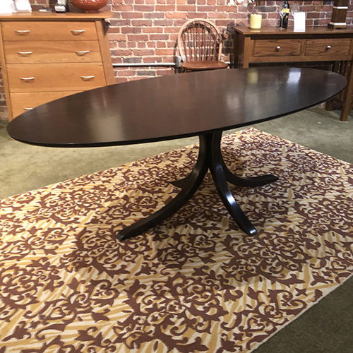 Vernon Pedestal Dining Table 255038