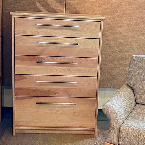 Traditional Dresser 255666