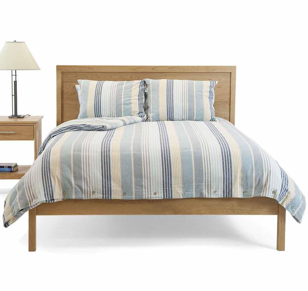 Solid wood Chester Bed
